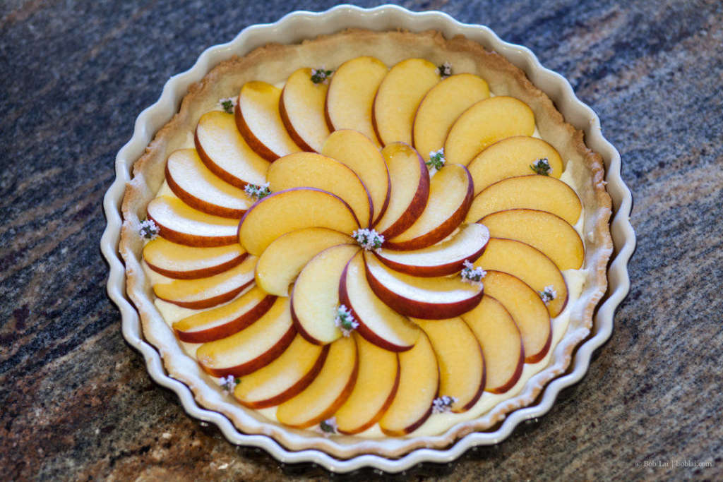 Peach and thyme pie